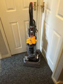 Dyson DC33 vacuum cleaner