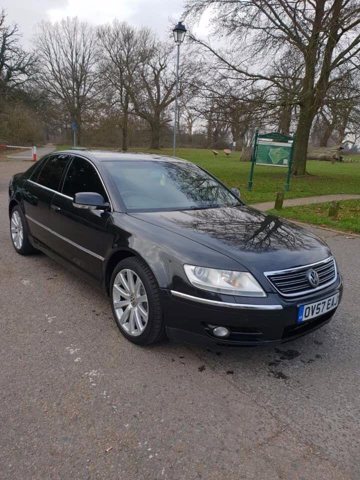 volkswagen phaeton  tdi auto motion saloon metallic black luxury black leather interior