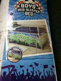 Med sleeper cabin bed