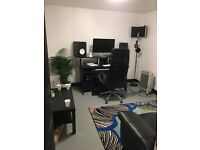 Recording Studios and Art workshop space to rent in Leyton ,Zone 3 (E10)