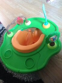 Bumbo activity tray and seat