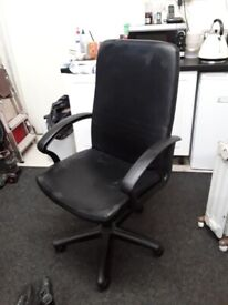 Large black swivel office chair Copley Mill Low Cost Moves 2nd Hand Furniture STALYBRIDGE SK15 3DN