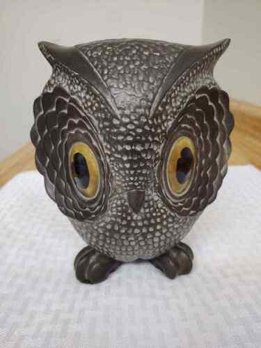 MCM Freeman McFarlan owl with large eyes figurine.