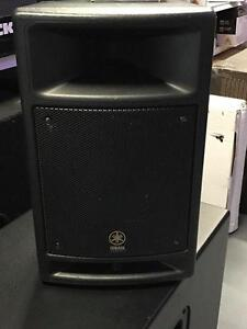 "Yamaha MSR100 100-Watt Two-Way Powered PA Speaker with 8"" Woofer - (Single)"