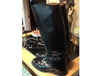 Regent riding boots size 5