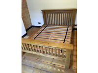 Solid oak beautiful king size bed frame in very good condition!