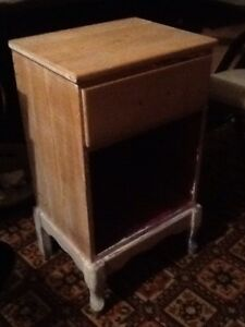 Small wooden night stand