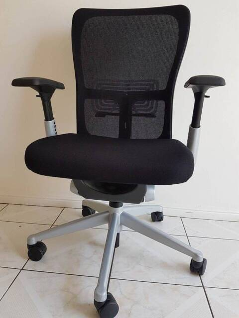 zody office desk chairs from haworth similar to herman