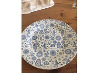 6 x Blue & White plates for a dresser