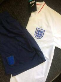 Age 3 to 4 and 5 to 6 england strips
