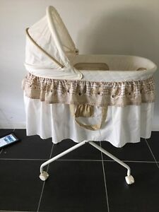 Baby bassinet Love n Care San Remo Wyong Area Preview