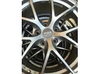 fox racing 18 inch alloys and 4 good tyres