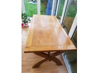 Dining table - farmhouse style - solid oak