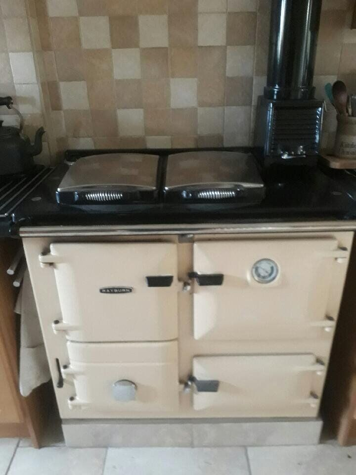 Rayburn heat Ranger 355sfw Solid Fuel Cooker/Heater