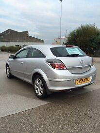 Vauxhall Astra 12 months MOT low miles