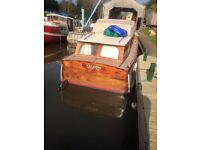 Lovely old Appleyard and Lincoln Broads Cruiser