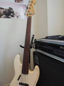 Bass Player Looking for Band - Indie, Alternative, Jazz, Blues Wilston Brisbane North West Preview