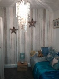 Sunny single room to let in beautiful semi-detached house in Pontardawe