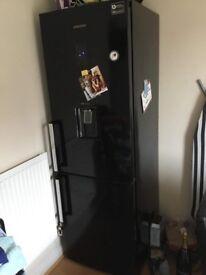 Samsung 7ft Fridge/Freezer (with water dispenser)
