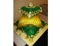 Asian weddings,Mehndi cakes and cupcakes