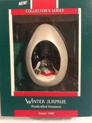 Hallmark Keepsake Ornament - Winter Surprise #1 in Series - 1989 - QX427-2