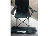 Canvas carry folding chair