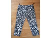 wallis 3/4 length trousers