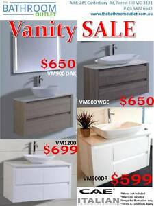 900 Vanity with undermount basin for just $799 Bargain Buy!! Forest Hill Whitehorse Area Preview
