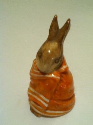 VINTAGE 1976 ROYAL DOULTON BEATRIX POTTER POORLY PETER RABBIT  MADE IN ENGLAND