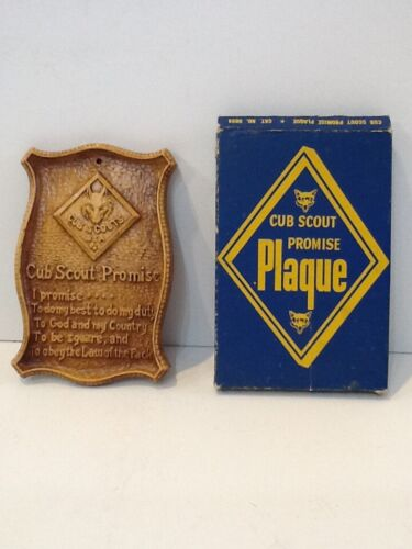 CUB SCOUT PROMISE PLAQUE in BOX - unused - Boy Scout BSA G&W/1-28