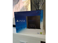 Brand NEW PlayStation 4 Jet Black + GAME