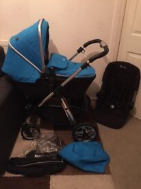 Silver Cross Pioneer Sky Blue With Matching Car Seat