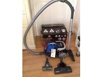 Hoover Blaze Pets Vacuum Cleaner 2000W