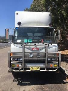 Hino FG HR Truck Marsden Logan Area Preview