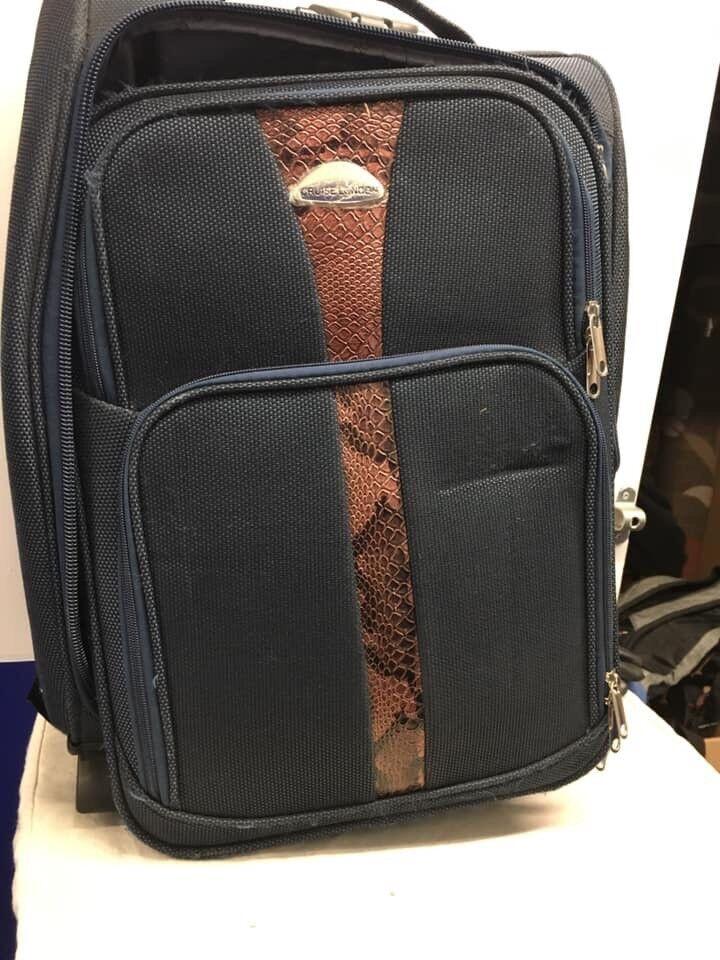 Luggage  3a5a8619a4c7