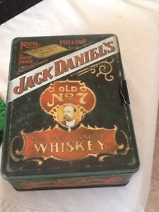Jack Daniels Poker Set Tin Box Set
