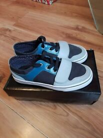 Boys size 3 Creative Recreation trainers