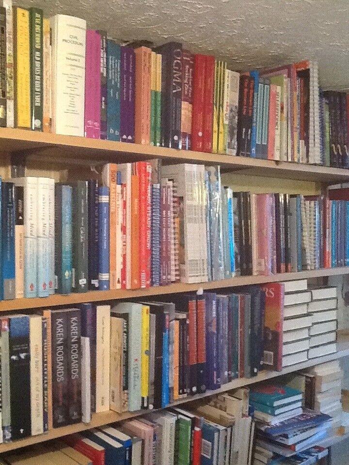 1,000 BRAND NEW BOOKS