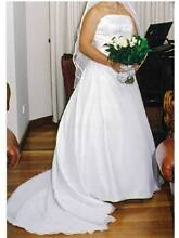 Simple, elegant strapless satin wedding dress + veil (Size 10-12) Highbury Tea Tree Gully Area Preview