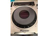 Pioneer CDJ800mk2 (Faulty)