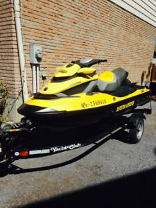 2009 RXT Is 255HP seadoo! Low low hours! Has IBR!mint condition!