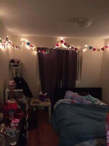 LOOKING FOR 3RD ROOMMATE IN 3-BEDROOM TOWNHOUSE- APRIL 1ST