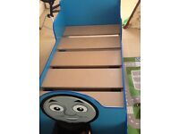 THOMAS THE TANK CHARACTER TODDLERS BED