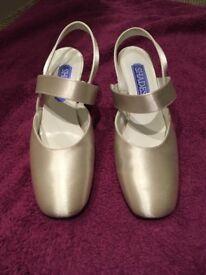 Wedding Shoes Size 5
