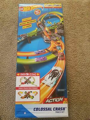 Hot Wheels Colossal Crash Track Set New FREE SHIPPING