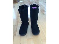 BENCH Sheepskin boots size 5