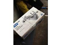Plumb sure azure chrome basin mixer