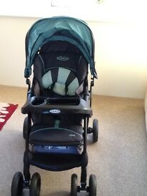 Graco vivo travel system, excellent condition.