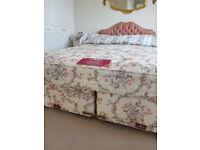 SLEEPEEZEE De Luxe Double bed with mattress