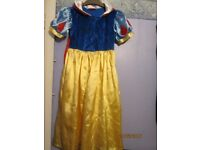 snow white fancy dress outfit age 5/7 great for a party or world book day